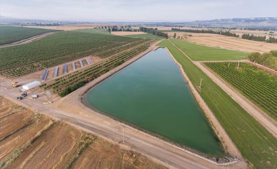 Bodegas Ejeanas reservoir aerial view