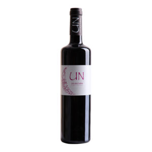 UN Syrah wine